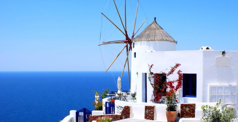 Τα 10 καλύτερα ελληνικά νησιά για τις καλοκαιρινές διακοπές σου ... c02d93175de